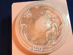 1950-1960s Evyan White Shoulders Dusting Bath Powder Talcum Art Deco Box