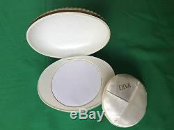 1985 Vintage Collectible White Diva Perfumed Dusting Powder Make up 113g 4oz USA