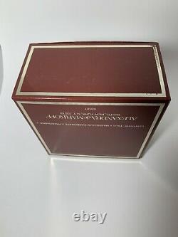 ALEXANDRA de Markoff 7 Oz Perfumed Dusting Body Bath Powder Puff Unopened Sealed
