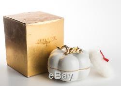 Estee Lauder Cinnabar Perfumed Dusting Body Powder 3OZ. Porcelain Pumpkin
