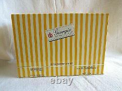 Giorgio Beverly Hills Extraordinary Gift Set Cologne 1.7 oz Dusting Powder 6 oz