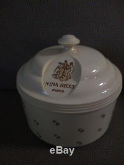 Nina Ricci Perfumed Dusting Powder Large 6 OZ. Vintage LOT OF 2 NOS