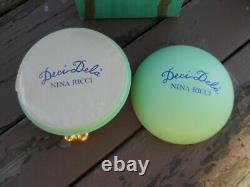 RARE Vintage Nina Ricci Deci Dela perfumed dusting powder 5.3 oz France