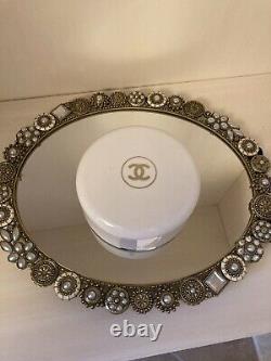 Vintage Chanel No 5 Bath Powder Dusting Puff Perfume 8oz withPuffer 80-90%FULL