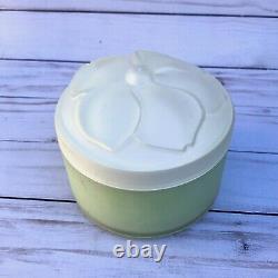 Vintage Chloe Narcisse Perfumed Dusting Body Powder SEALED No Box 5.3 oz Size