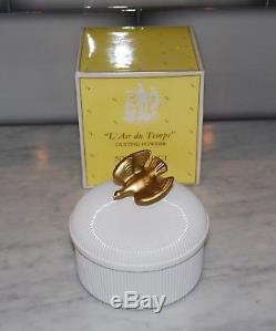 Vintage New In Box Nina Ricci L'air Du Temps Perfumed Dusting Powder Gold Dove