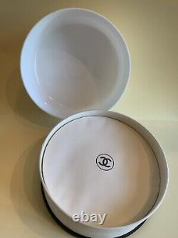 Vintage Original CHANEL NO 5 Perfumed Dusting BATH POWDER Large 8 oz
